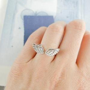 Adjustable wings small ring opening..