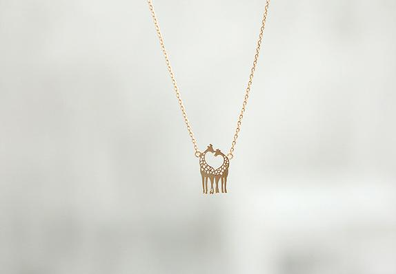 two giraffe necklace clavicular short chain necklace