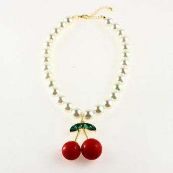 VI VI magazine single cherry Pearl Necklace