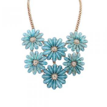 Little Blue Daisy Flower Crystal Short Statement Necklace